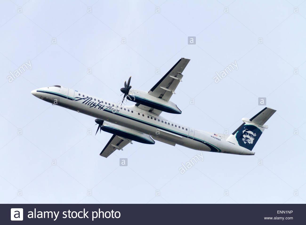 An Alaska Airline Horizon Bombardier Q400 Turbo Prop
