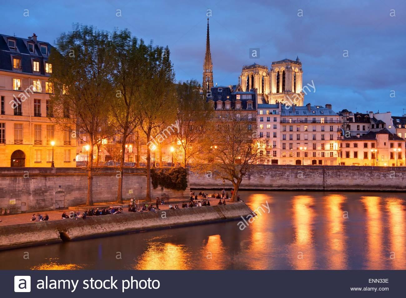 Paris, Seine, Ile de St Louis und Ile de la CitÈ, Kathedrale Notre Dame - Stock Image