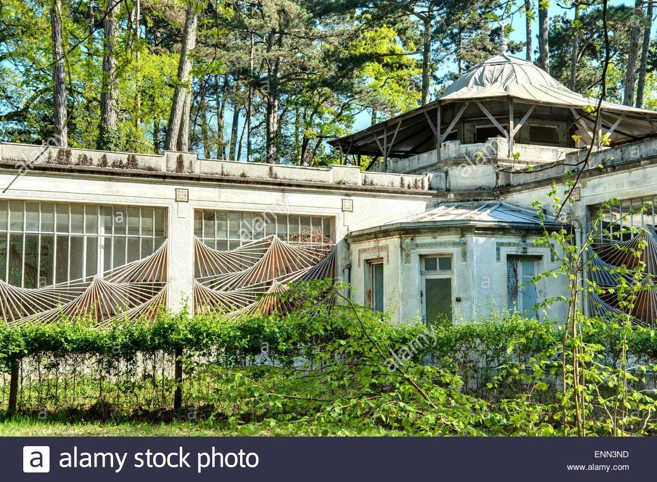jardin porte de vincennes Paris, Bois de Vincennes, Jardin d agronomie tropicale (The Jardin d  Agronomie Tropicale, in a remote corner of the Bois de Vinc