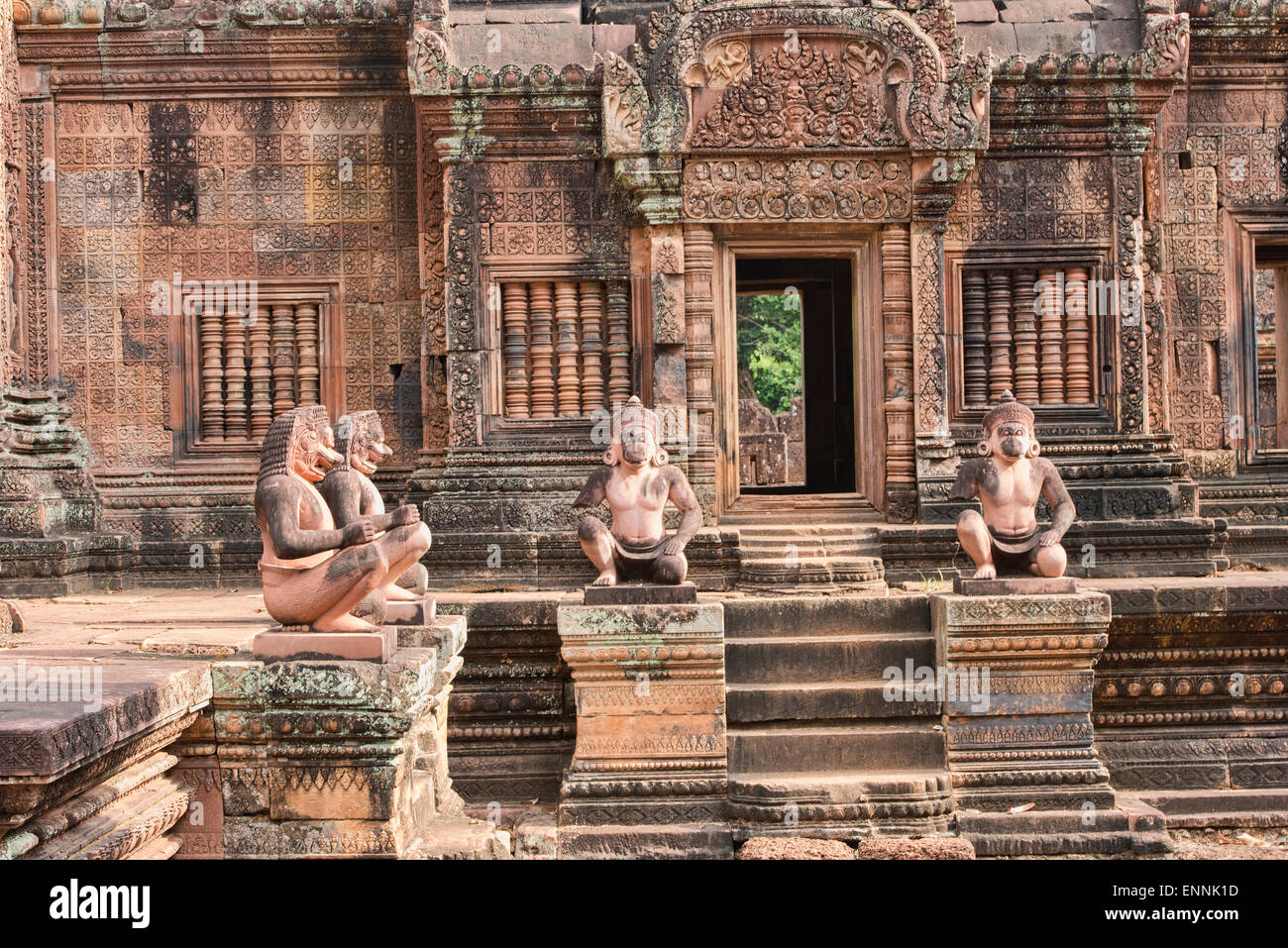 Monkey statues at the Banteay Srei temple at Angkor Wat in Siem Reap, Cambodia - Stock Image