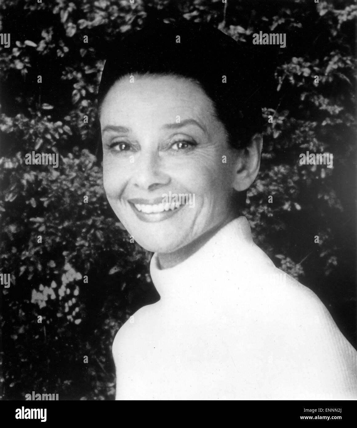 Gardens of the World with Audrey Hepburn, aka Gärten der Welt,  USA, 1993, Regie: Fred Zinnemann; Darsteller: - Stock Image