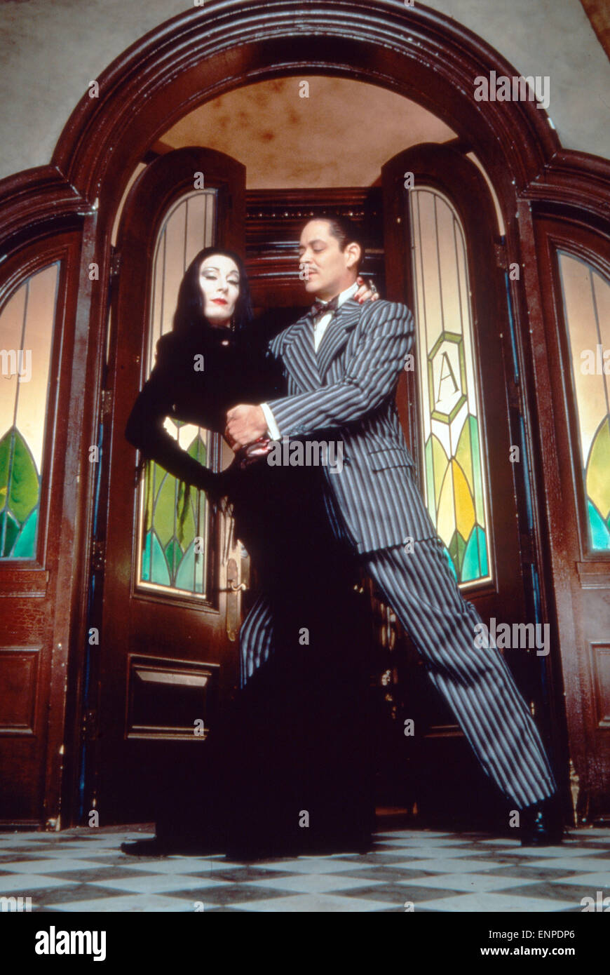 the addams family 1991 stock photos the addams family 1991 stock images alamy. Black Bedroom Furniture Sets. Home Design Ideas