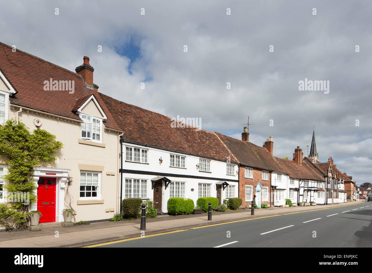 Timber frames cottages line the high street in Henley in Arden, Warwickshire, England, UK Stock Photo