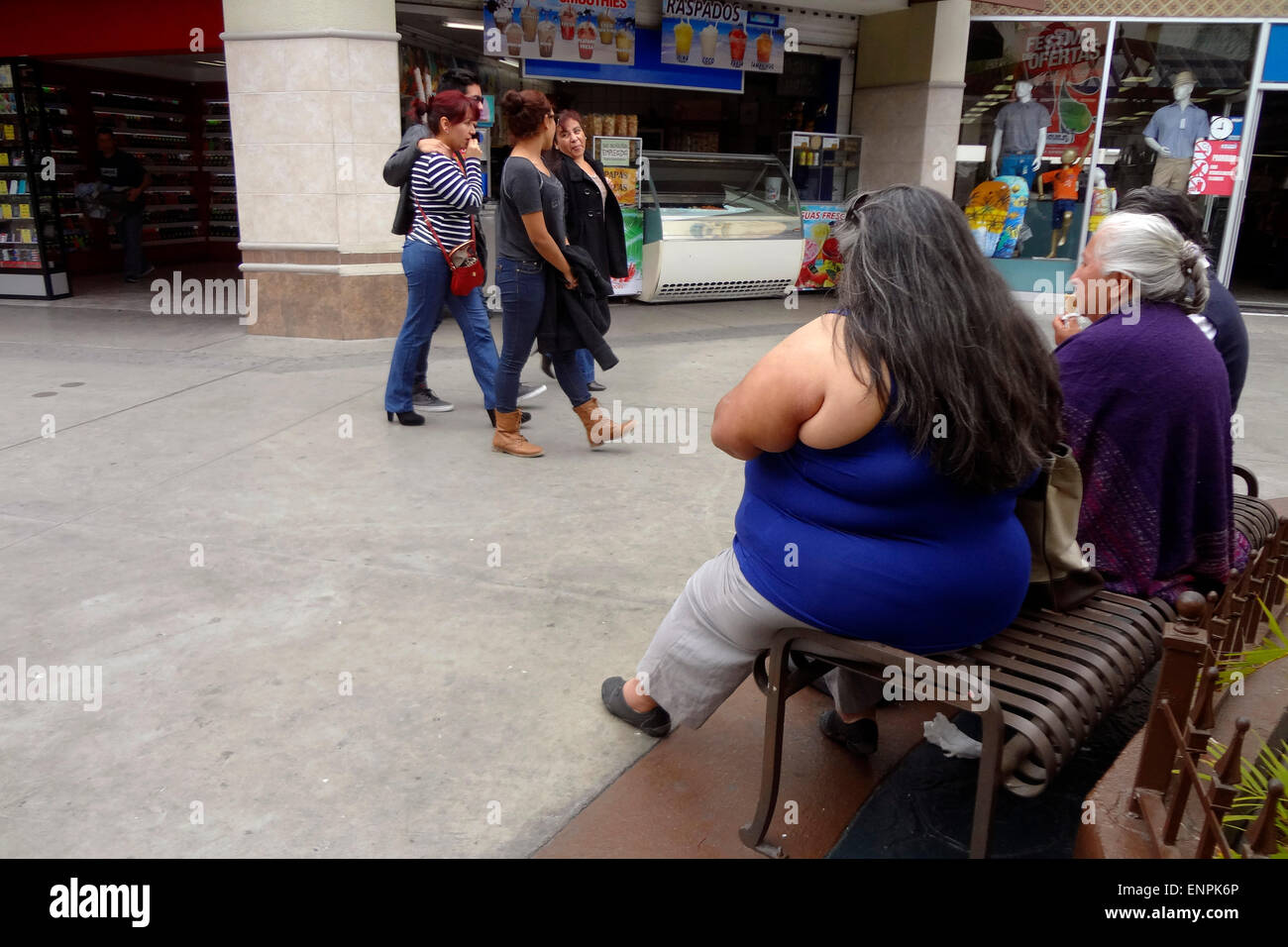 Tijuana. 6th May, 2015. Image taken on May 6, 2015 shows an overweight woman in a mall in Tijuana City, northeast Stock Photo