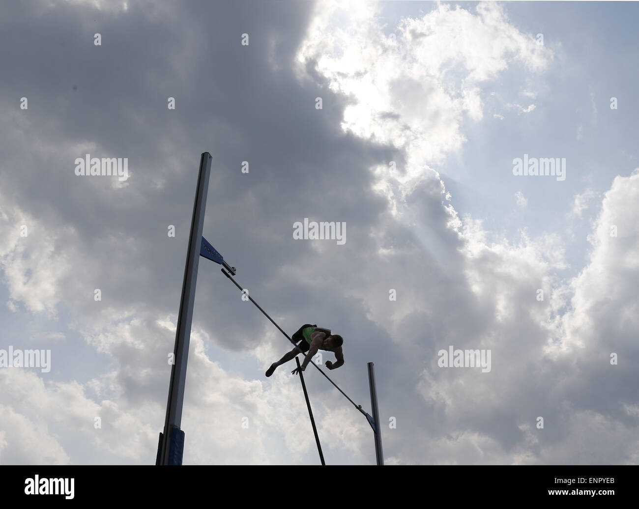 Tokyo, Japan. 10th May, 2015. Max Eaves of England competes during the men's pole vault at Seiko Golden Grand - Stock Image