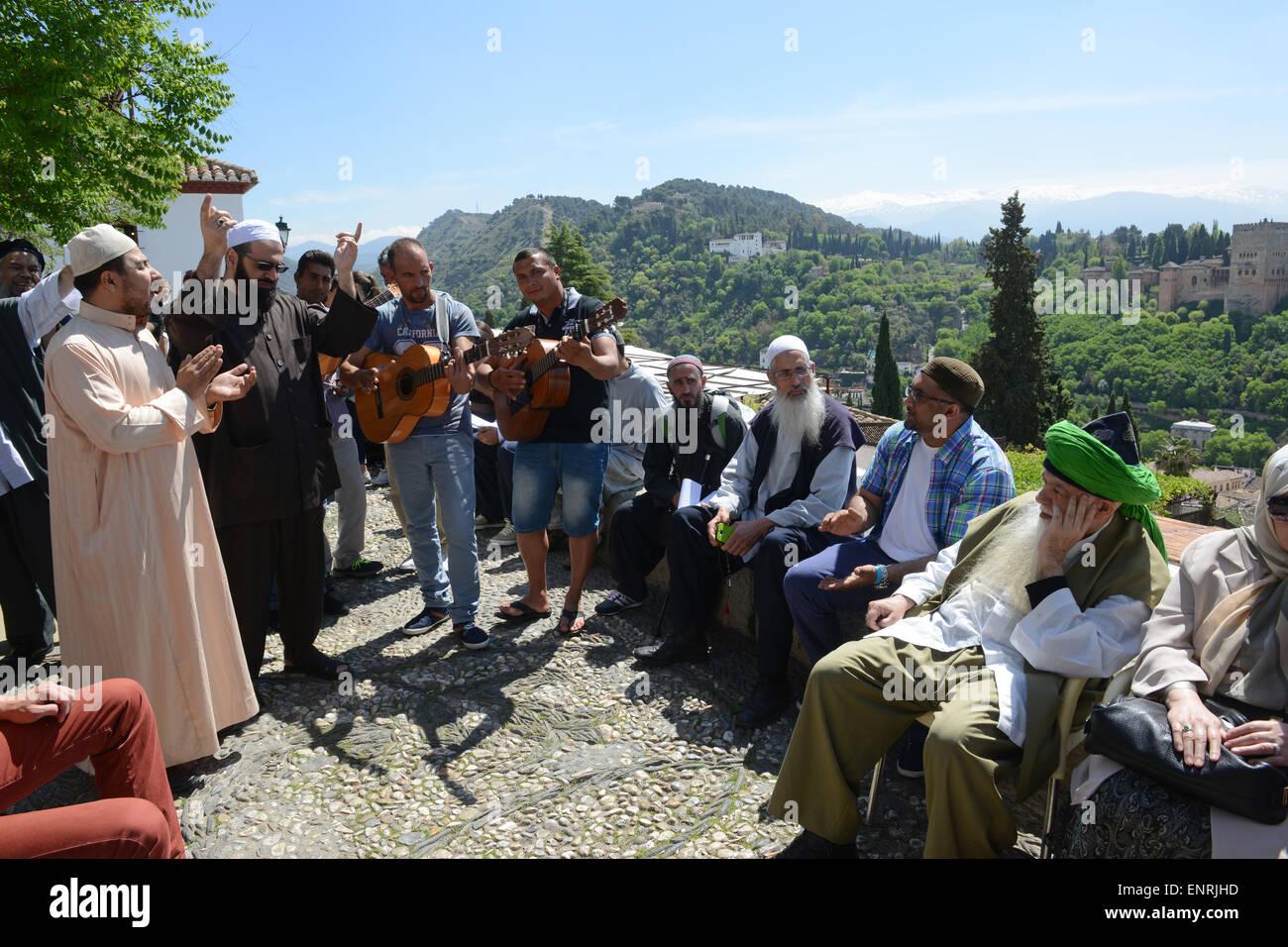 Shaykh Hisham Kabbani prominent Lebanese-American Sufi Muslim listening to Shaykh Anouar Barrada the Sufi Muslim - Stock Image