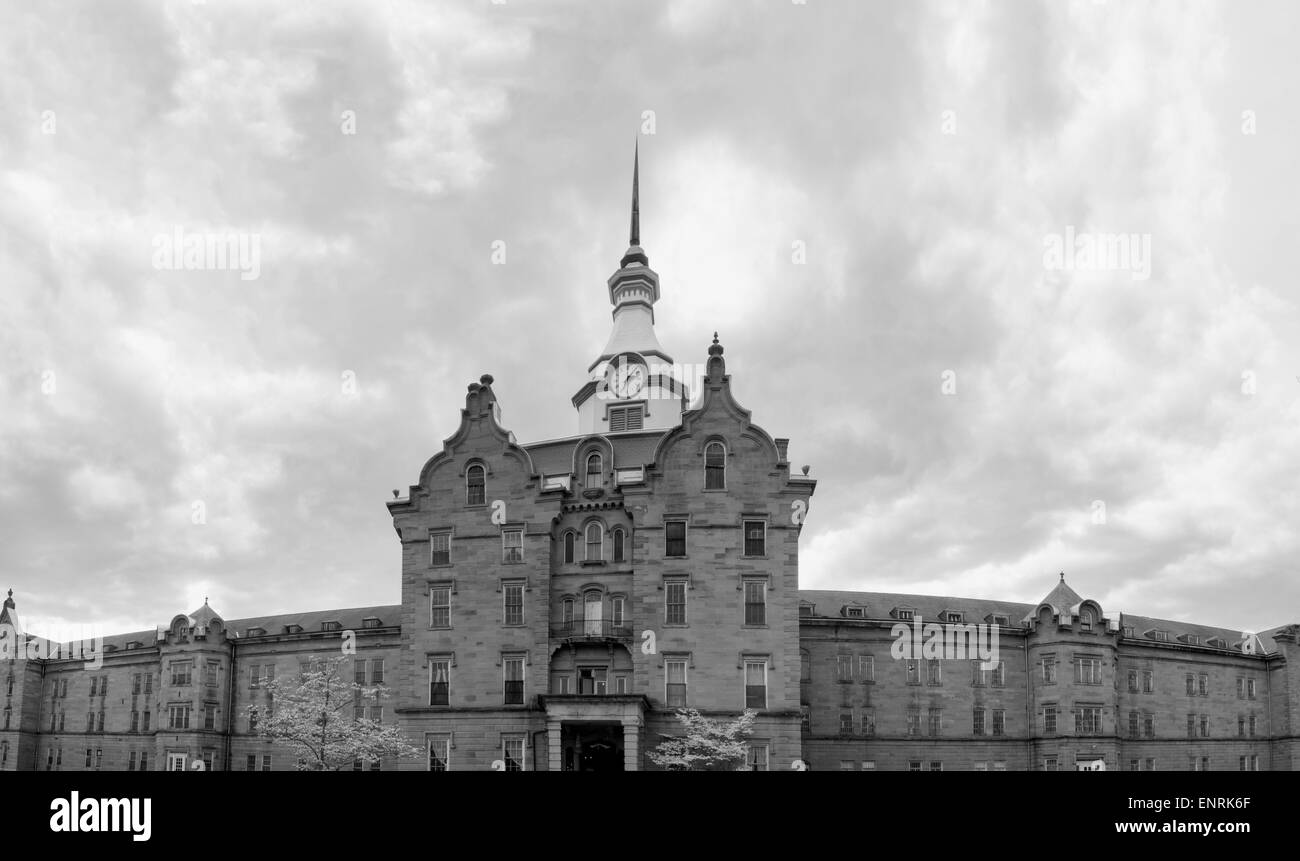Weston, WV, USA - May 2, 2015:  Exterior view of Trans-Allegheny Lunatic Asylum main building - Stock Image