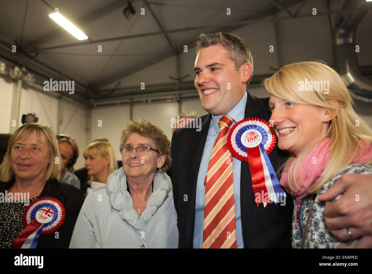 Belfast UK. 7th May 2015 General Election:  Gavin Robinson from the Democratic Unionist Party (DUP) with wife Linsey - Stock Image