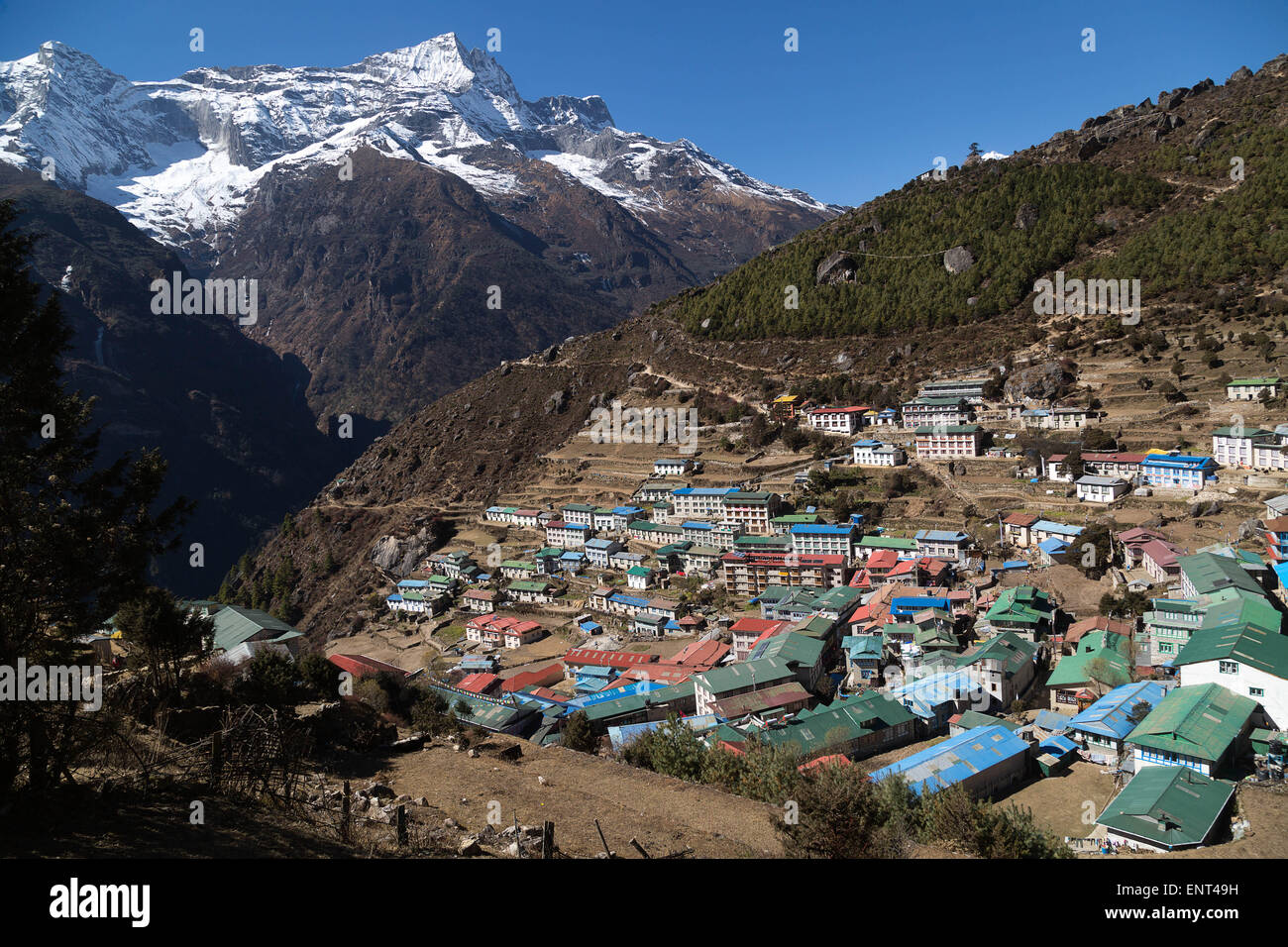 Namche Bazaar (3440m) and Kongde Ri (6187m), Everest Trail, Nepal - Stock Image