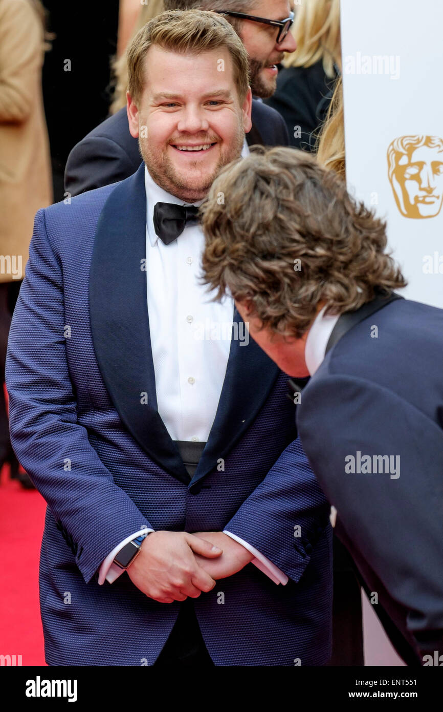 James Corden jokes with John Bishop on th Red Carpet of the  HOUSE OF FRASER BRITISH ACADEMY TELEVISION AWARDS 2015 - Stock Image