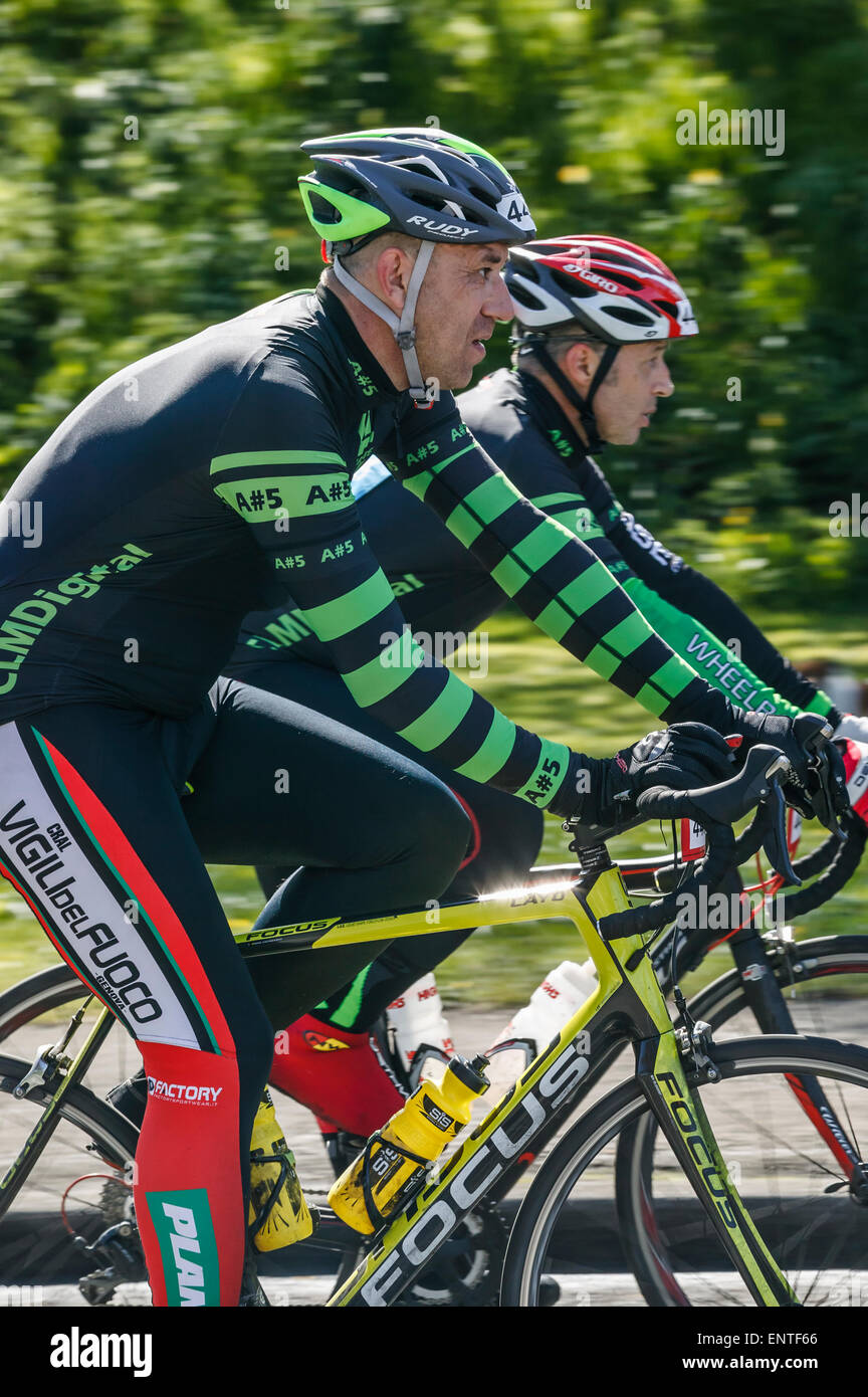 Final stage of 2015 Tour de Yorkshire, Leeds West Yorkshire Roundhay park, two cyclists cruising to the finish line Stock Photo