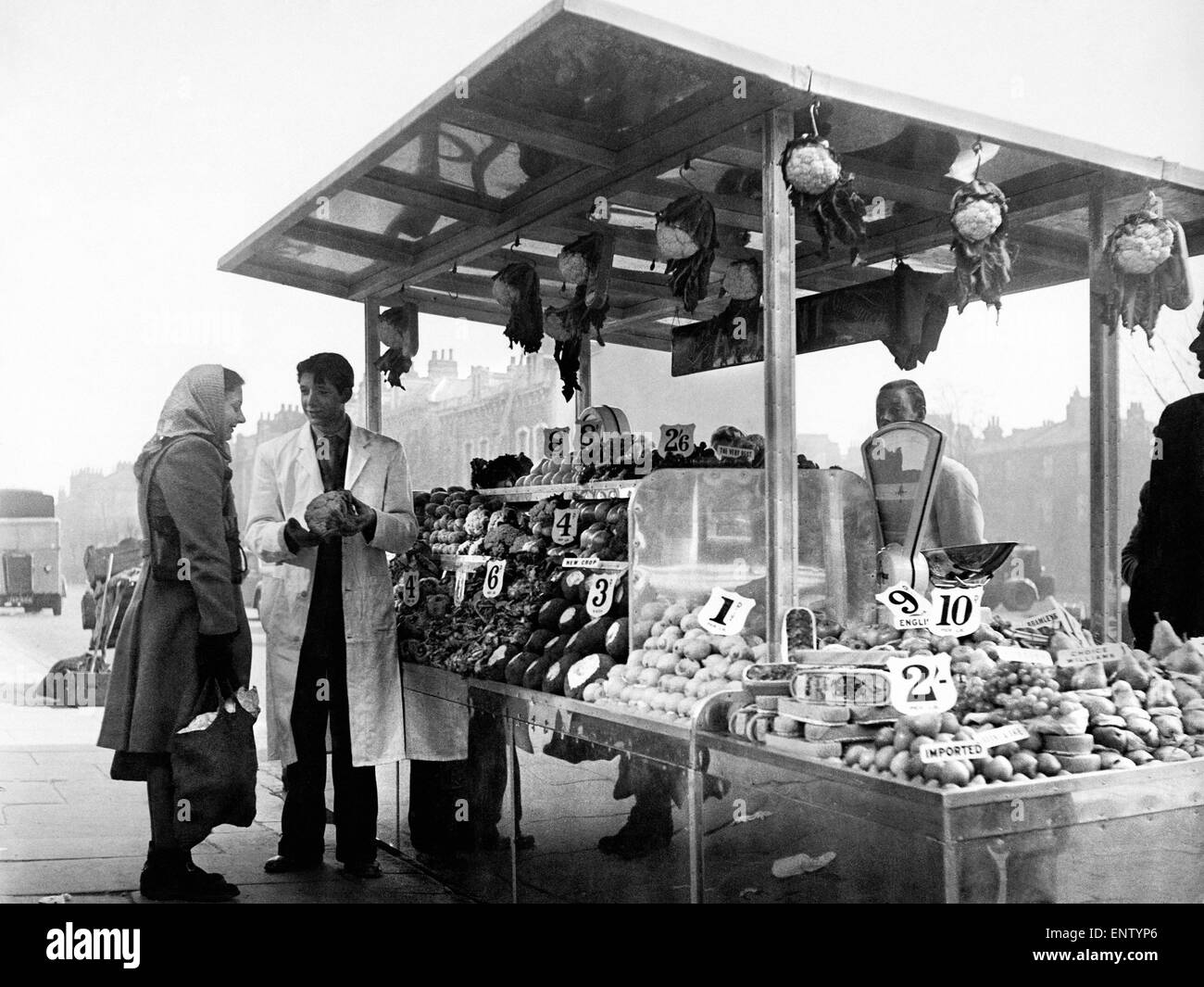 De-Luxe Street Stall. Takings doubled when de-lux street stall opened for business in London. Instead of wooden - Stock Image