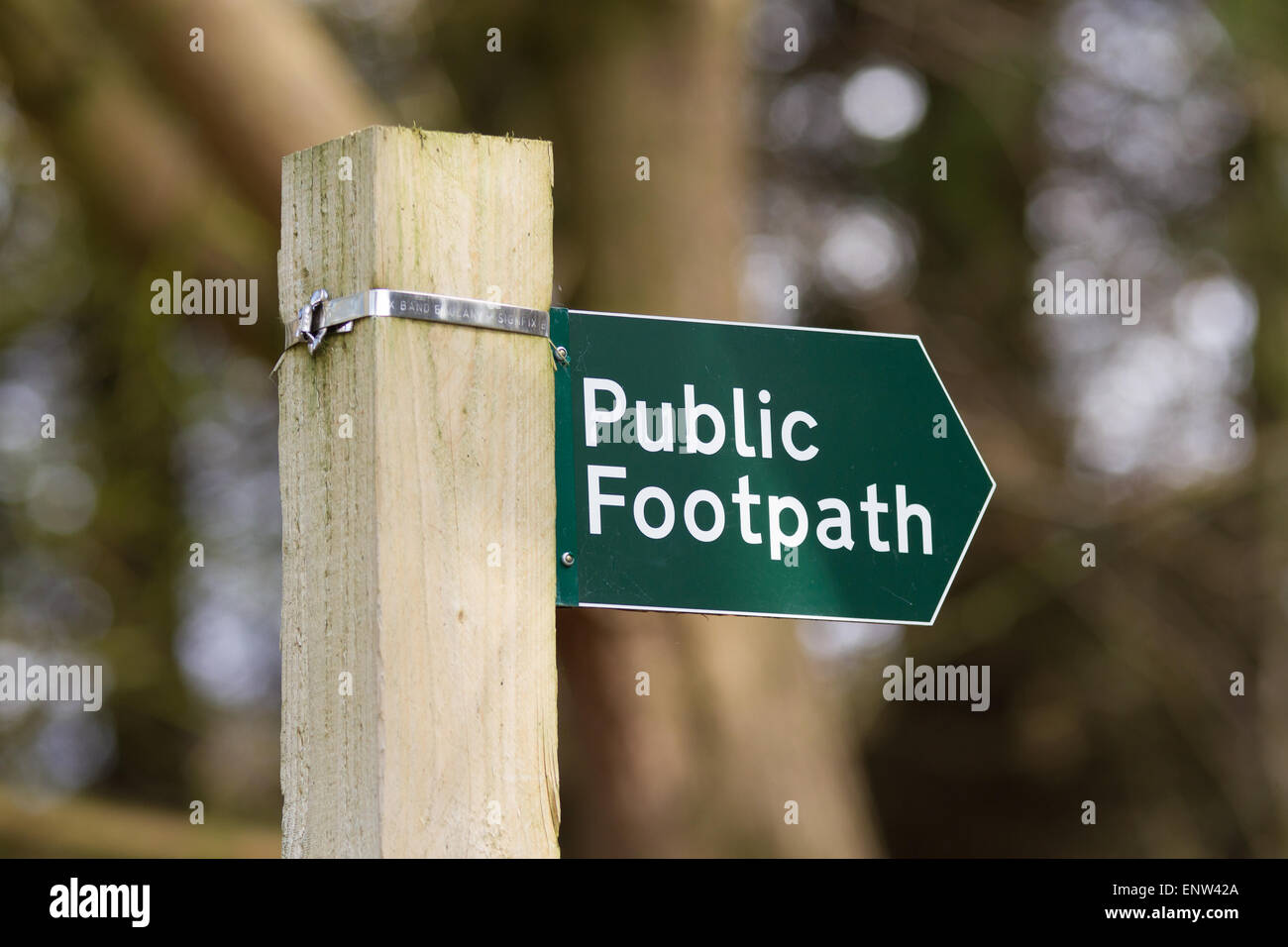 Public Footpath Sign In English Stock Photos Amp Public