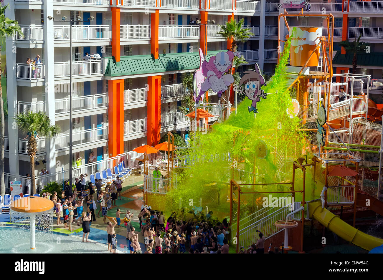 Nickelodeon Suites Hotel Nick Hotel Mass Sliming Of Swimmers At Stock Photo 82302092 Alamy