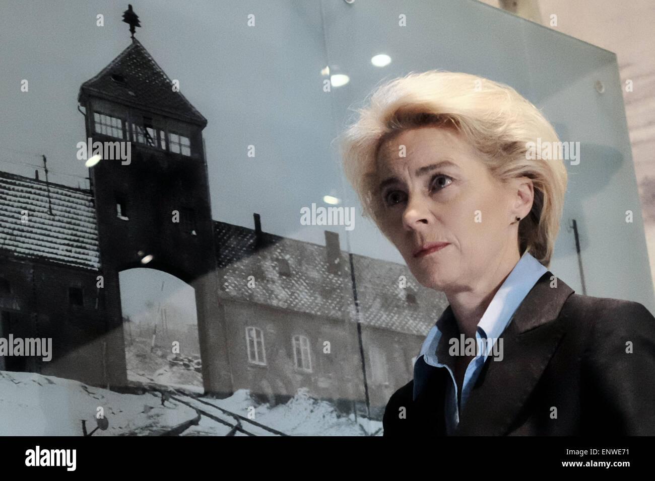 Jerusalem, Israel. 12th May, 2015. Defense Minister of Germany, URSULA VON DER LEYEN, views the Auschwitz - Birkenau - Stock Image