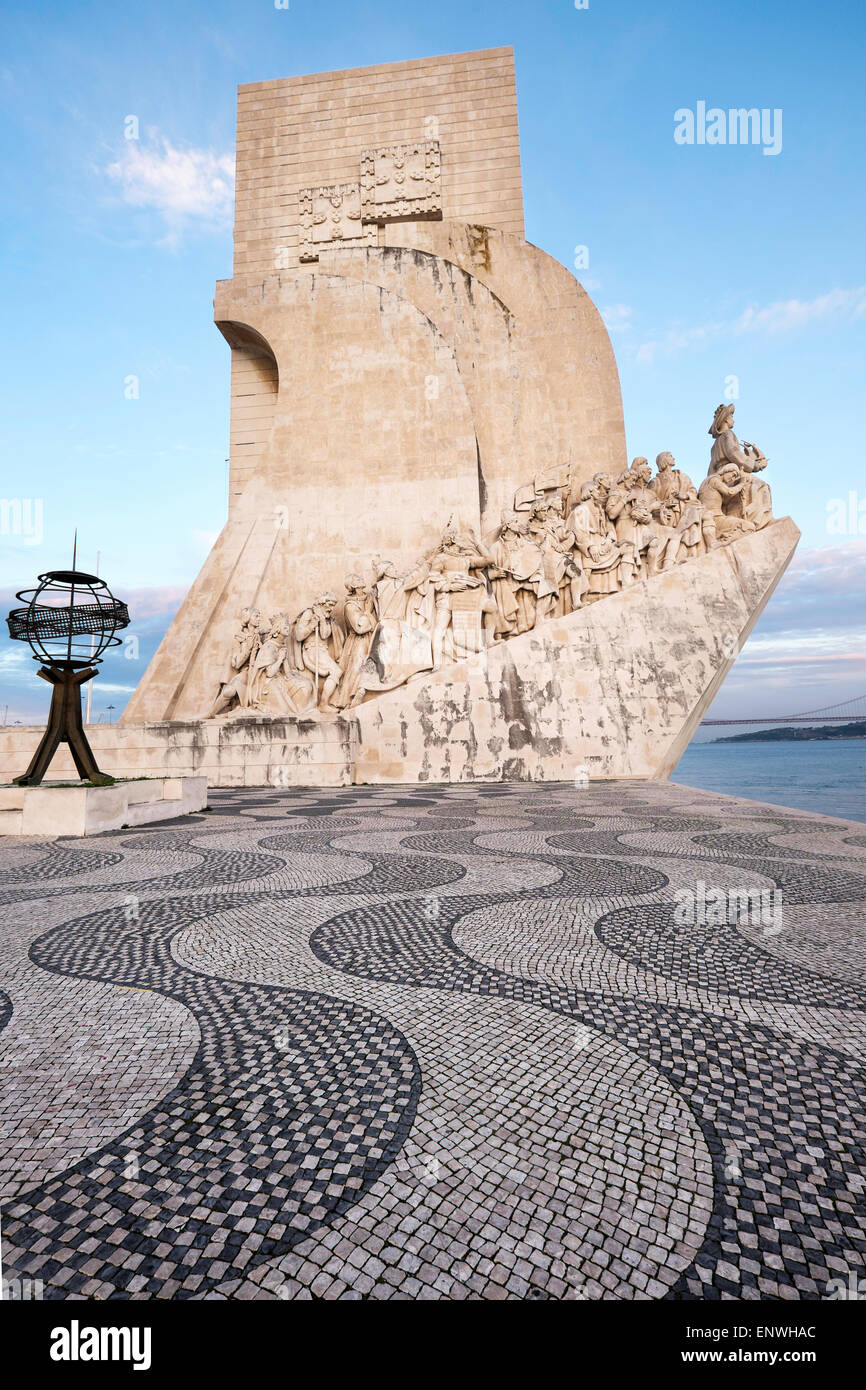 The Monument to the Discoveries, Padrao dos Descobrimentos, at dusk, Belem, Lisbon, Portugal - Stock Image
