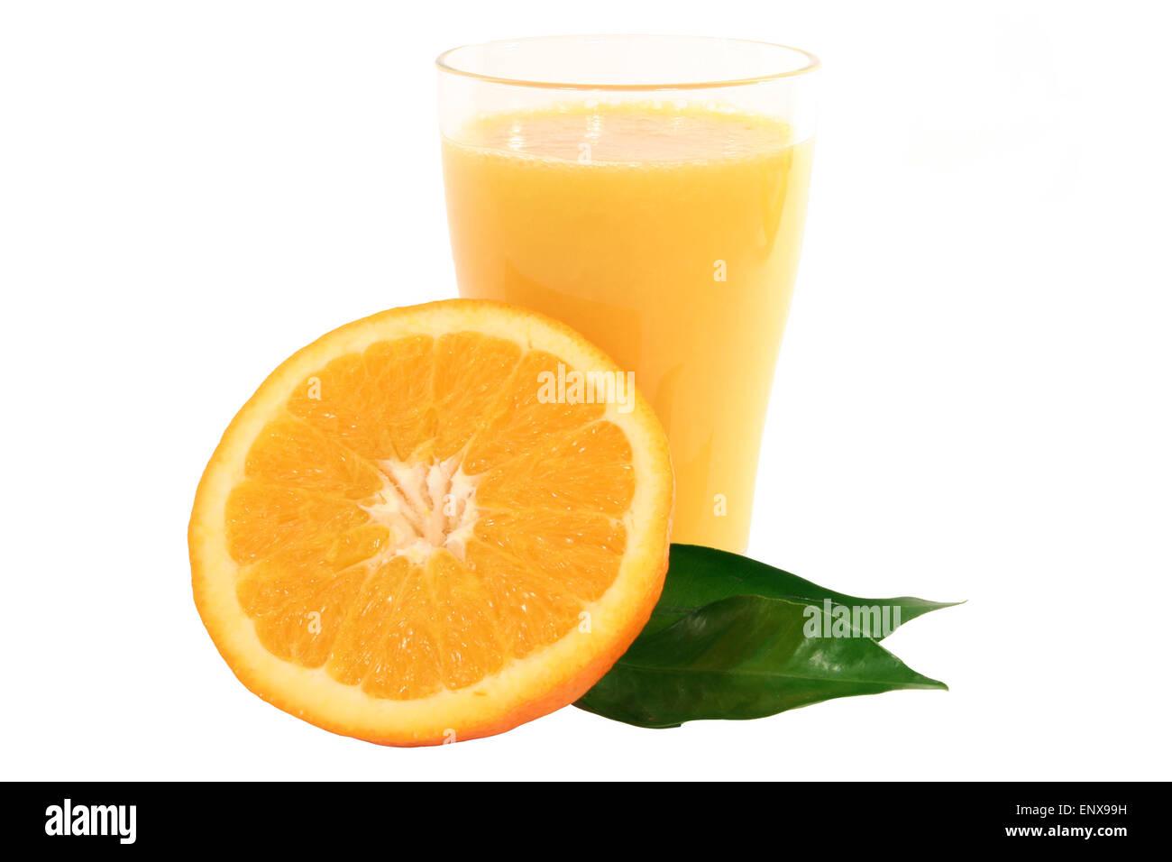 Orangensaft und Orange - Stock Image