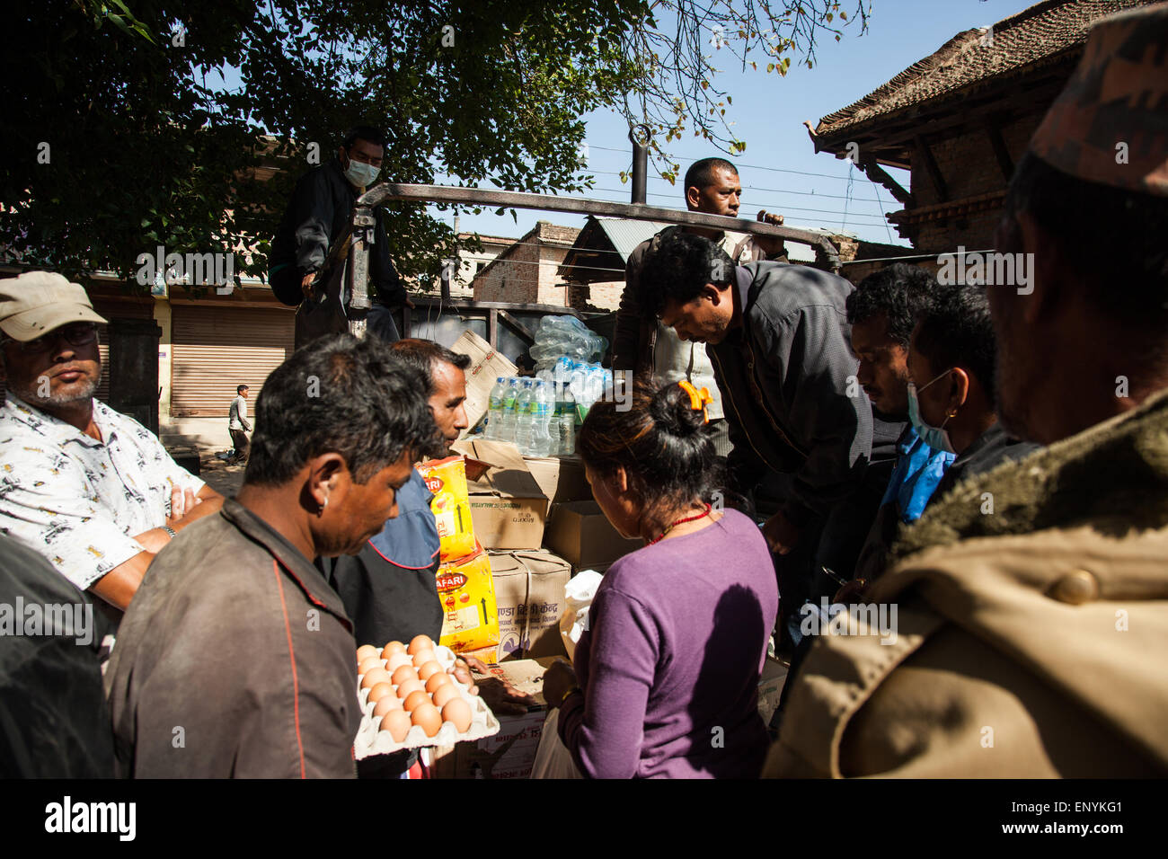 Food supplies being delivered among earthquake affected victims in Sankhu, Nepal. - Stock Image
