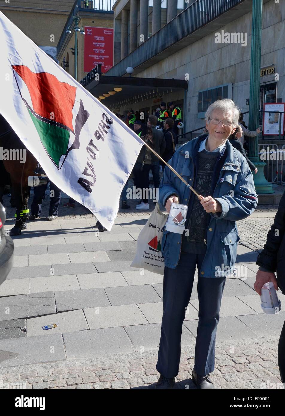An anti-Zionist man collects donations for 'Ship to Gaza', a Swedish organisation who tries to break 'the - Stock Image