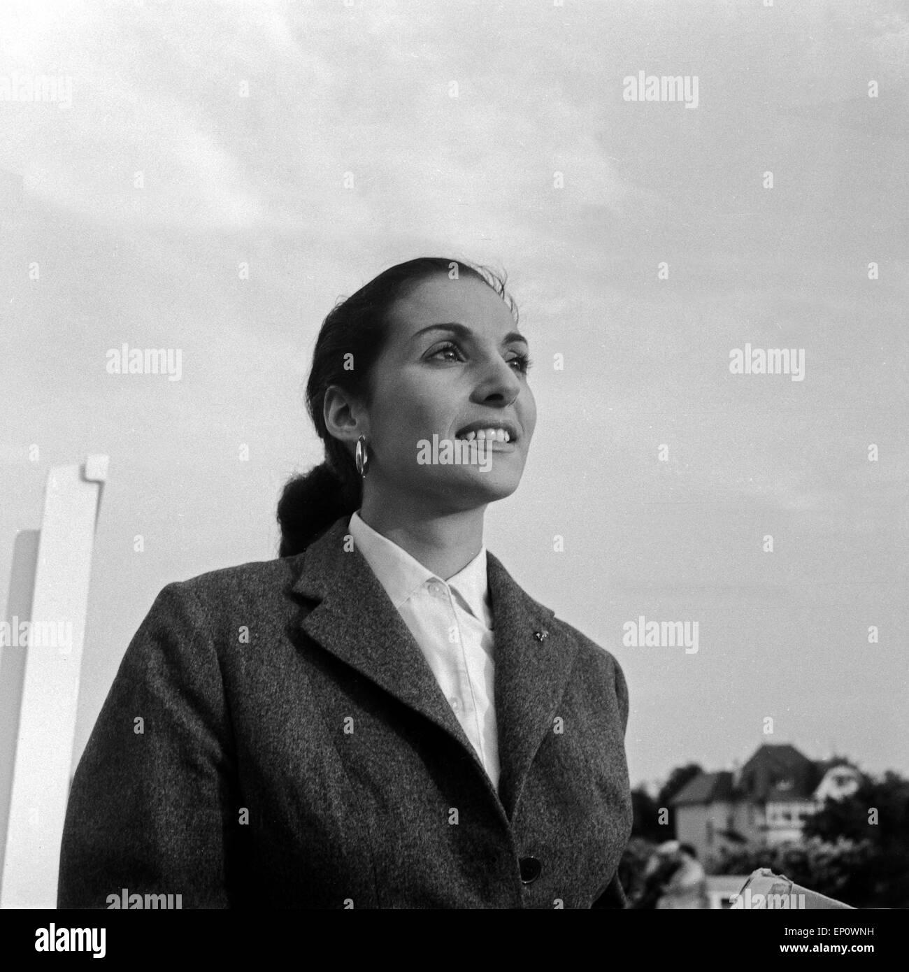Spanische Sängerin und Schauspielerin Nati Mistral, Hamburg 1956. Spanish singer and actress Nati Mistral. - Stock Image