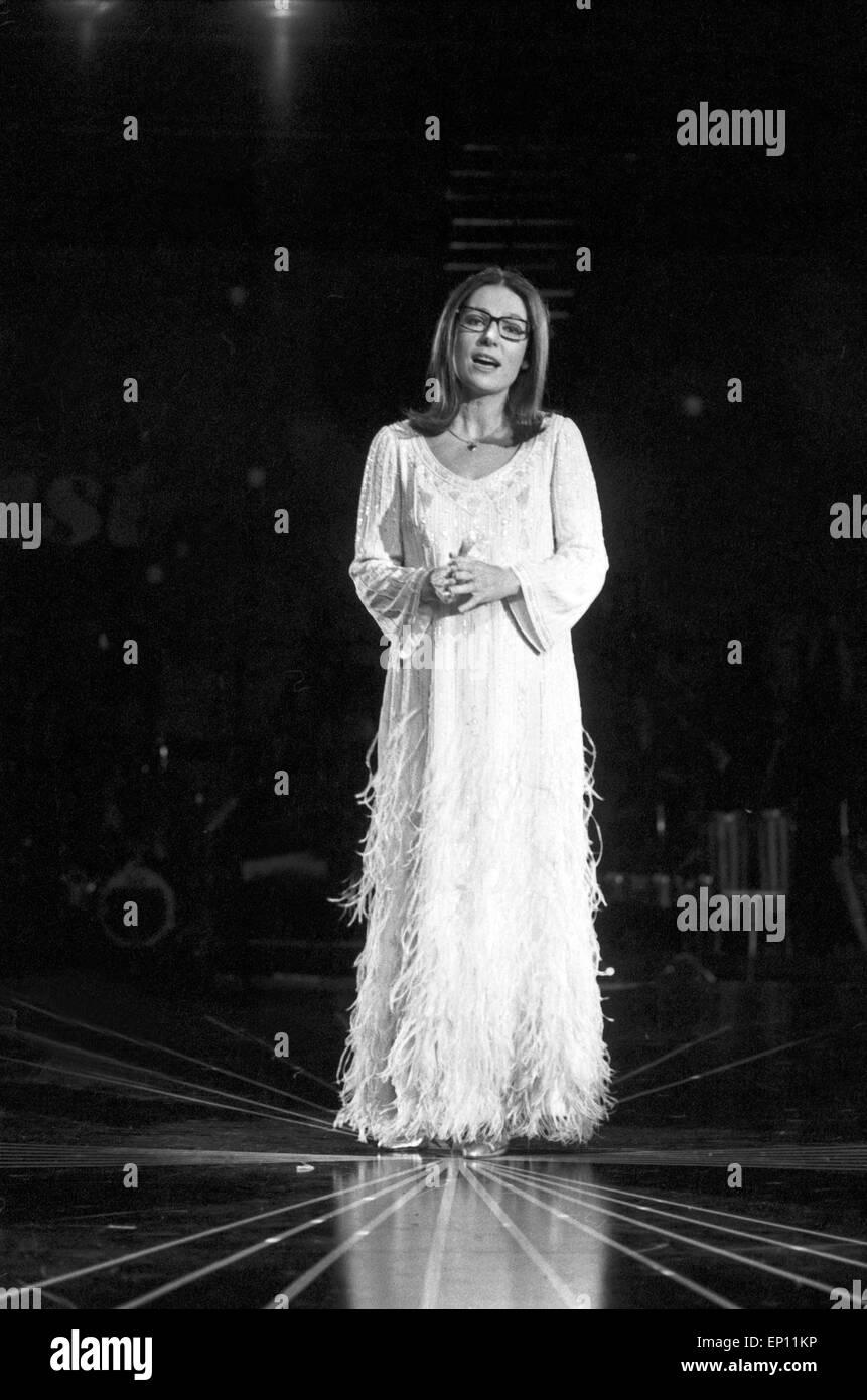 Greek Singer Nana Mouskouri Tv Stock Photos & Greek Singer