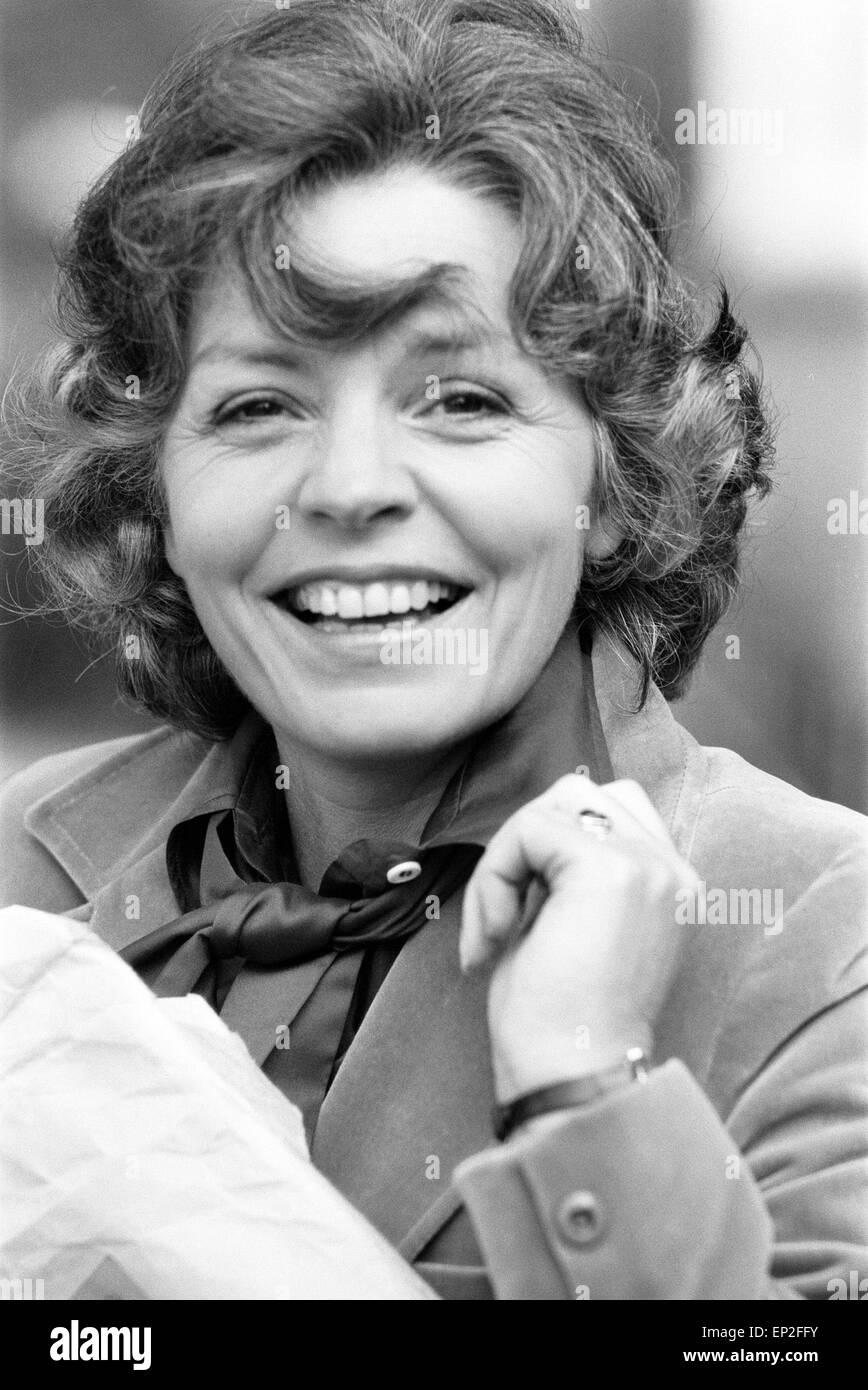 picture Pauline Yates