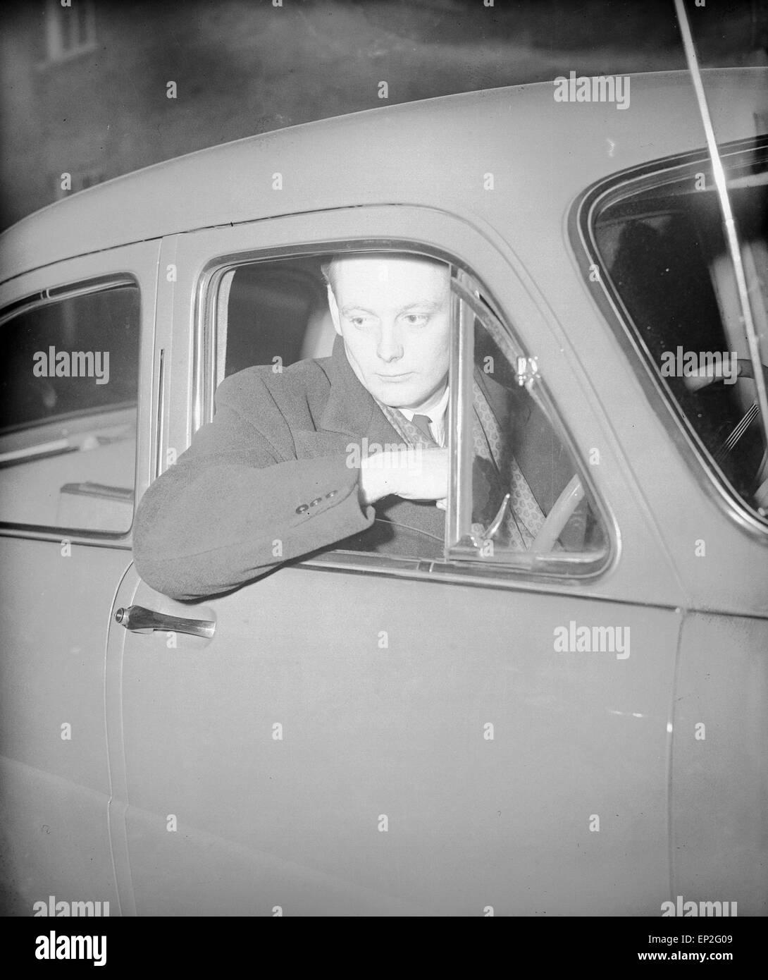 Edward Douglas-Scott-Montagu, 3rd Baron Montagu of Beaulieu, at Winchester Crown Court, 17th March 1954. - Stock Image