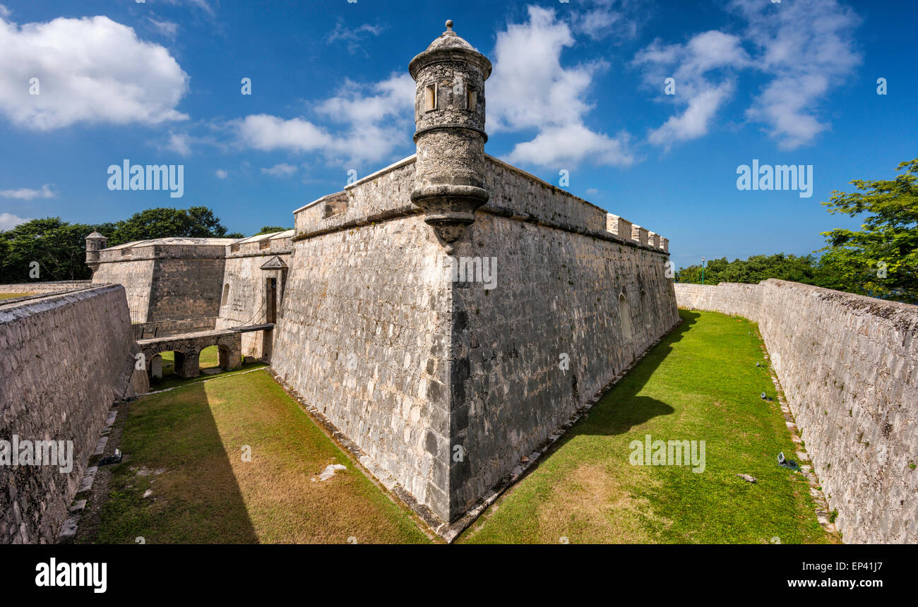 Turret at defensive wall over dry moat at Fuerte de San Miguel in Campeche, Yucatan Peninsula, Mexico Stock Photo