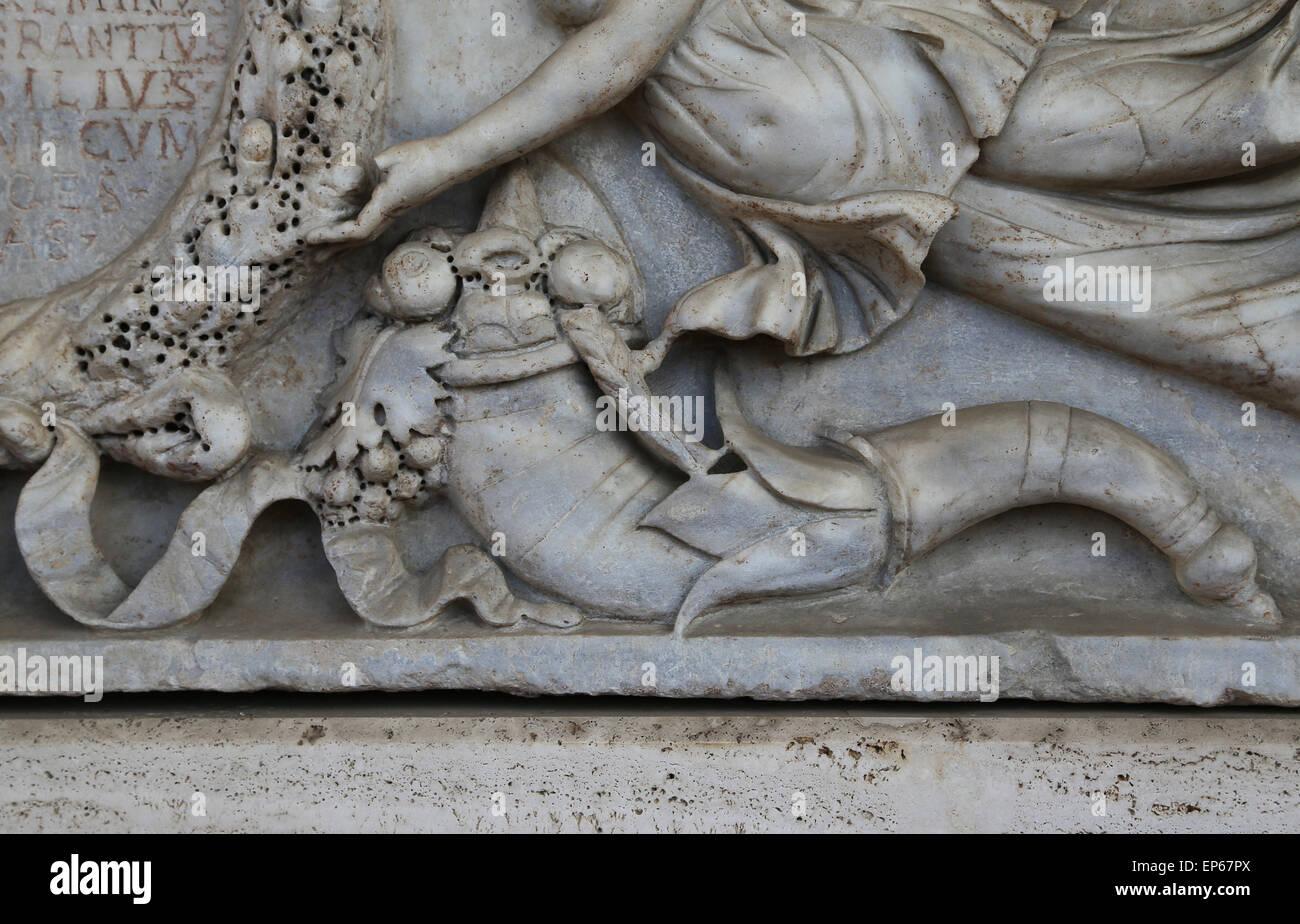 Roman sarcophagus. Relief. Marble. Imperial age. Cornucopia, symbol of abundance. National Roman Museum. - Stock Image