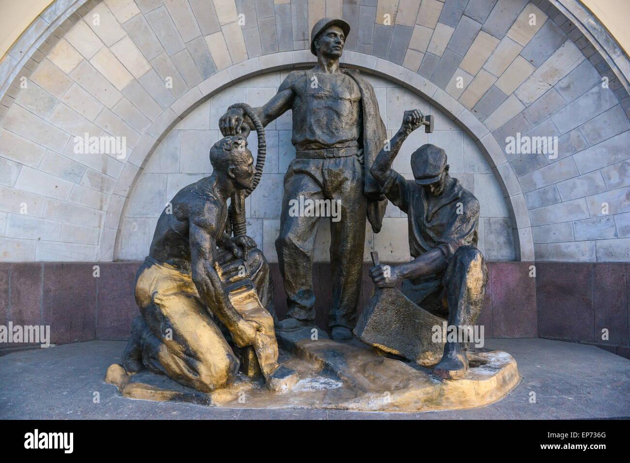 Vladislav Galkin will be erected a monument 11.03.2010 10