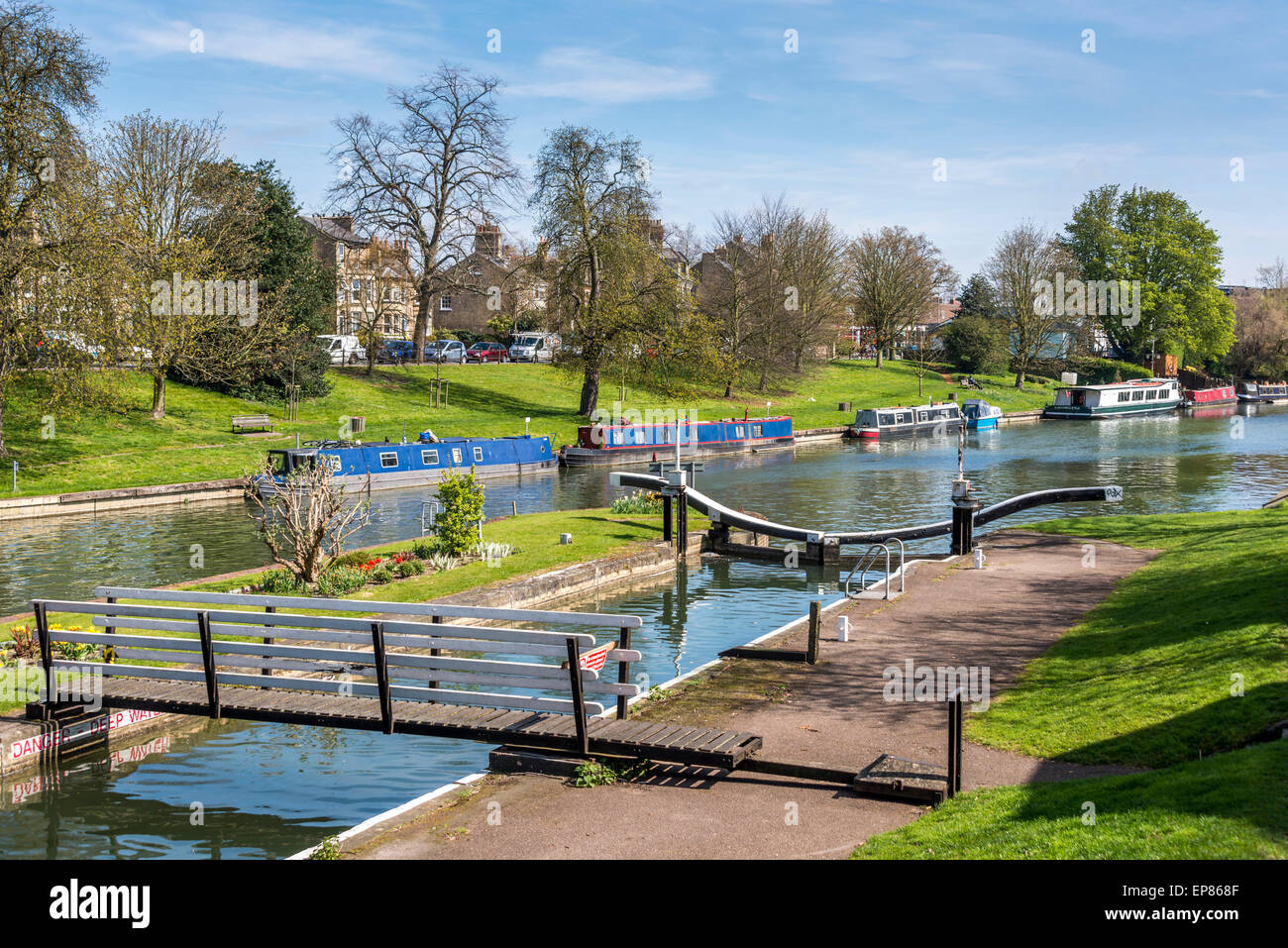 Locks on the River Cam on Jesus Green and Midsummer Common in Cambridge on a spring day - Stock Image