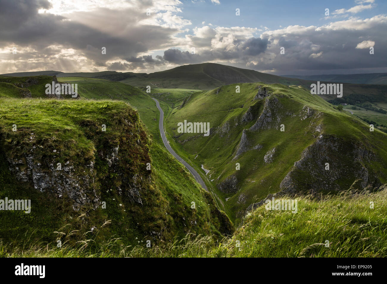 Winnats Pass, Castleton, Peak District National Park, Derbyshire, England, UK - Stock Image