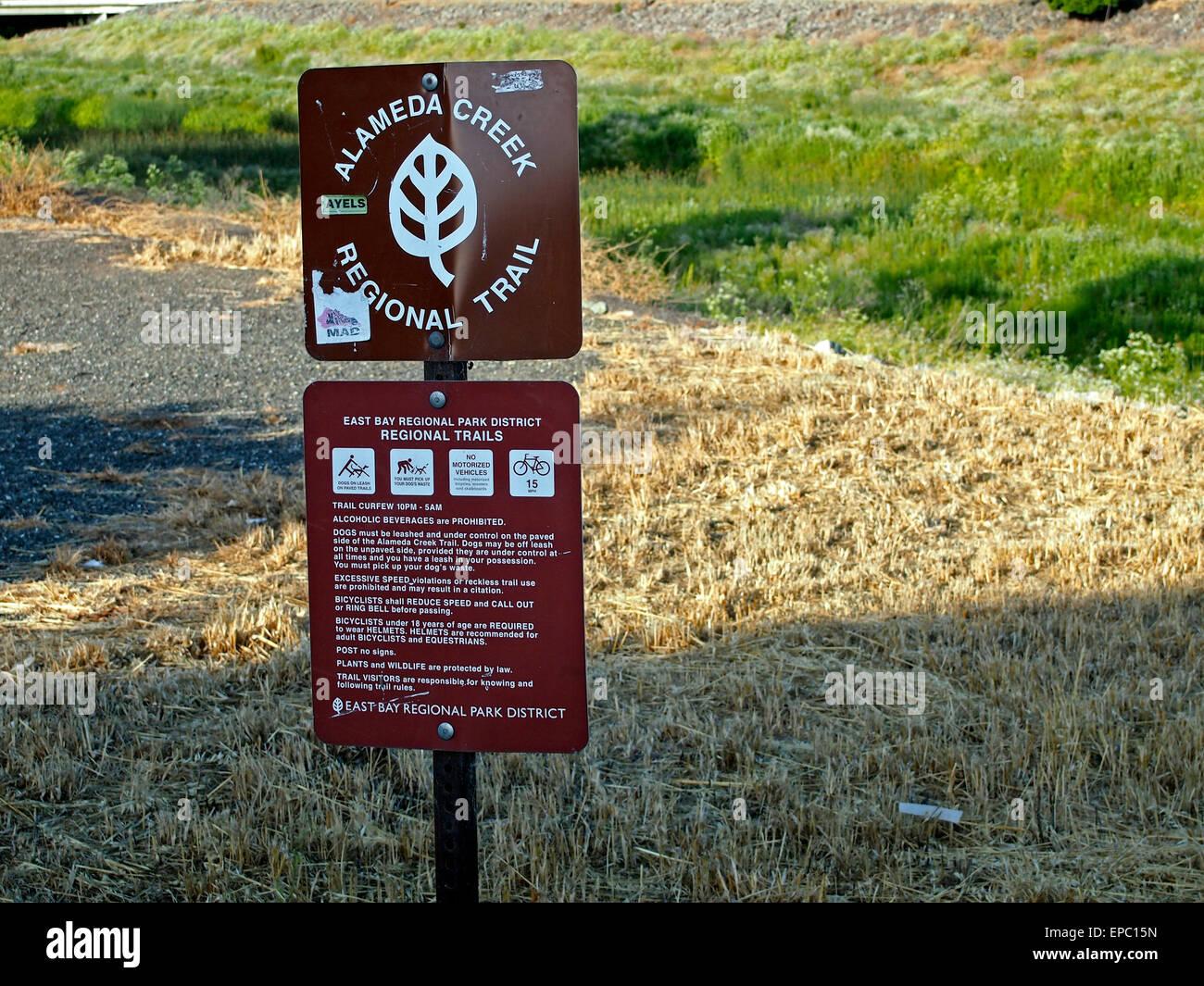 Alameda Creek Regional Trail sign, Union City, CA USA - Stock Image