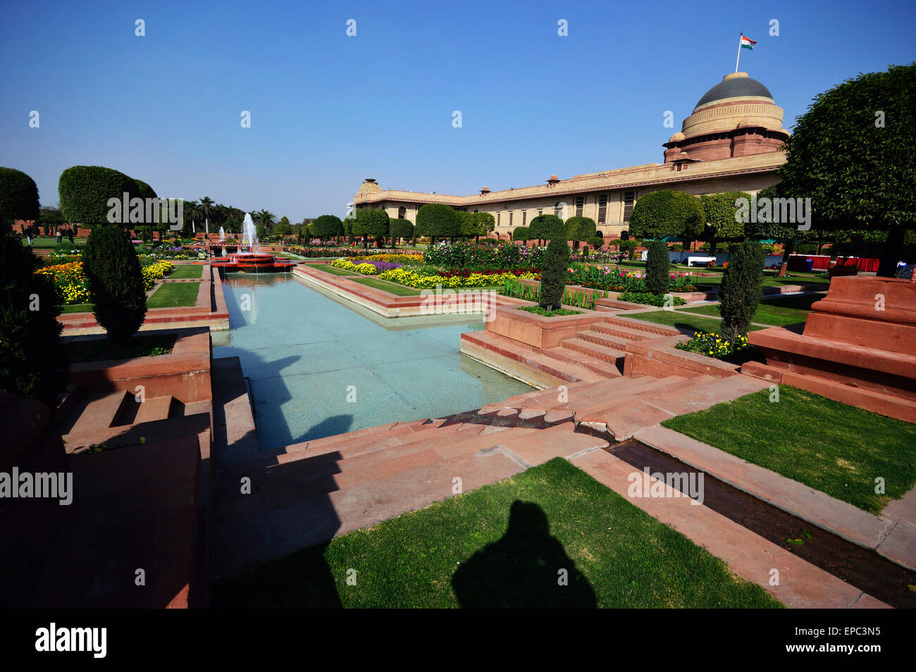 Mughal Garden is a part of Indian President Residence called Rasjtrapati Bhawan situated at Raisina Hill in Delhi. - Stock Image