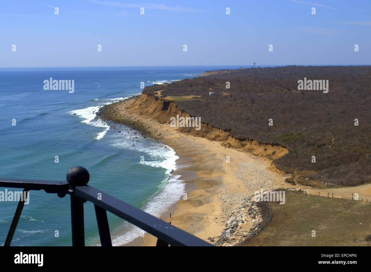 'Standing on the Edge'   View from Observatory of the Montauk Point Lighthouse, Long Island NY, 'The - Stock Image