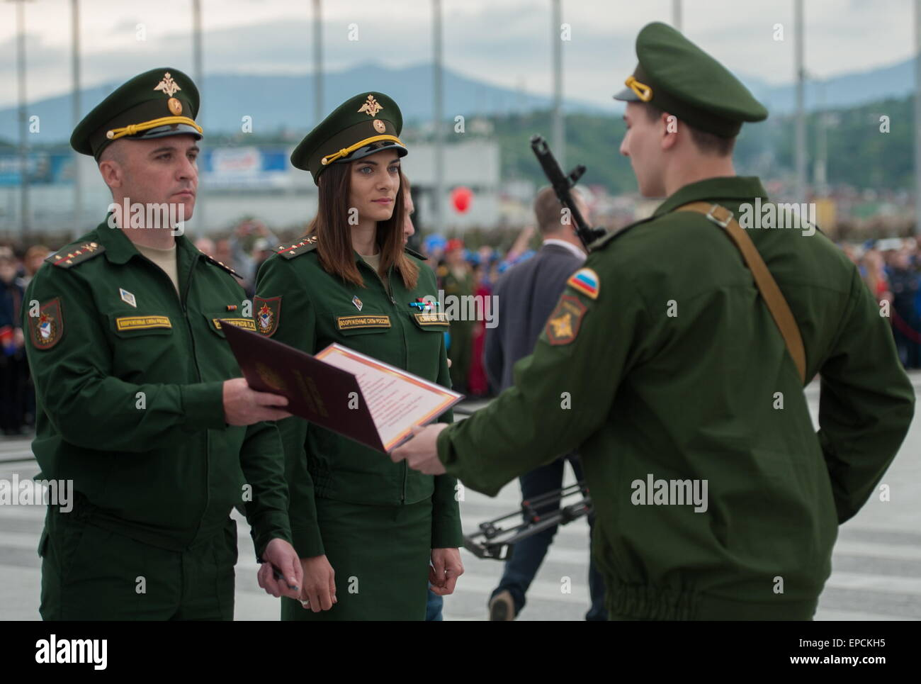 Elena Isinbayeva entered the military service under the contract 06.05.2015 72