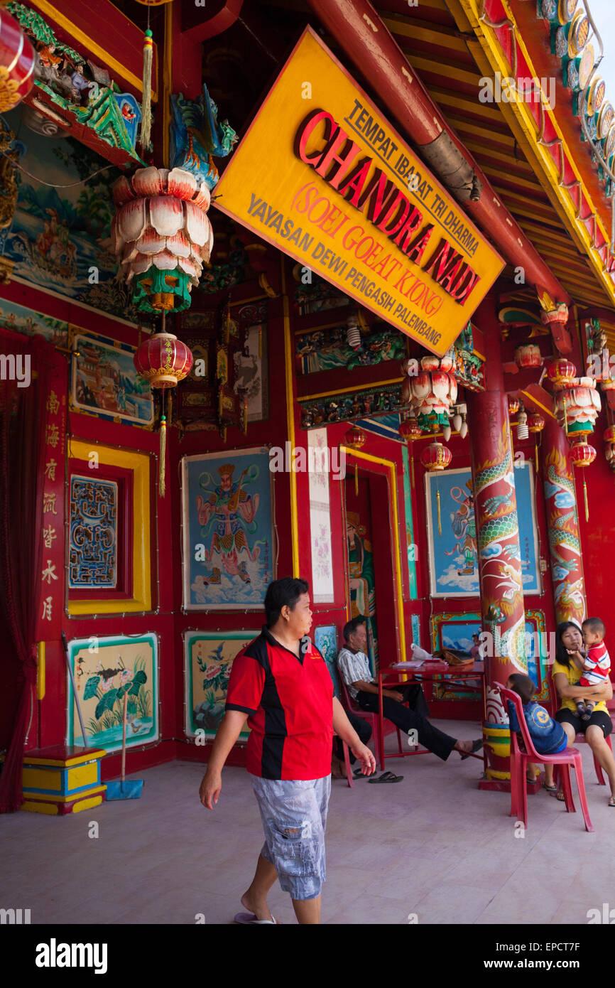 Soei Goeat Kiong temple in Musi riverbank, Palembang, Sumatra, Indonesia. - Stock Image