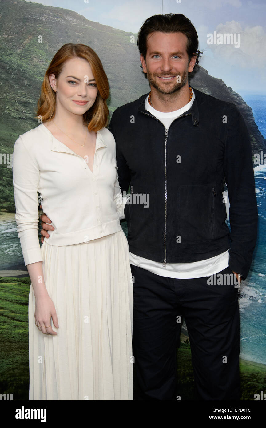 Emma Stone and Bradley Cooper arrive at a photocall for Aloha, London. - Stock Image