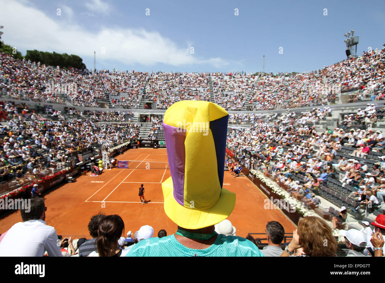 Rome, Italy. 17th May, 2015. A general view during the singles final match Maria Sharapova of Russia v Carla Suarez - Stock Image