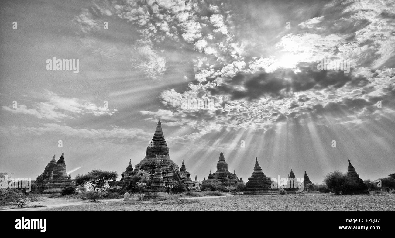 Ancient temples of Bagan, Myanmar in the sun. - Stock Image