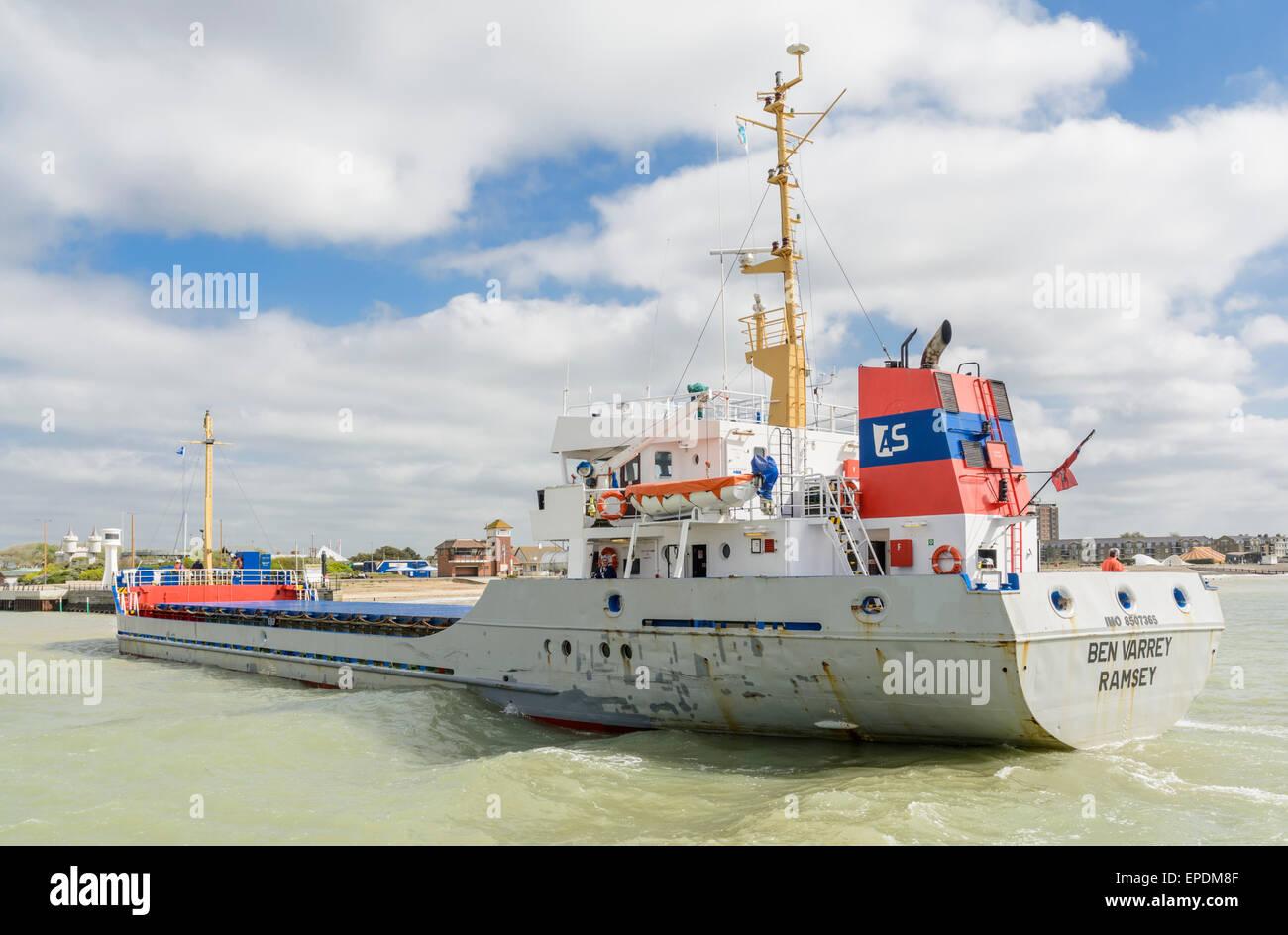 Cargo ship Ben Varrey coming into the River Arun estuary in Littlehampton, West Sussex, England, UK. - Stock Image