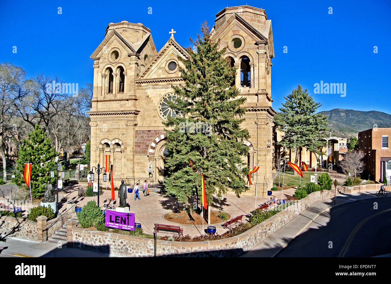 Old Town Santa Fe >> View Of The Cathedral Basilica Of Santa Fe In The Old