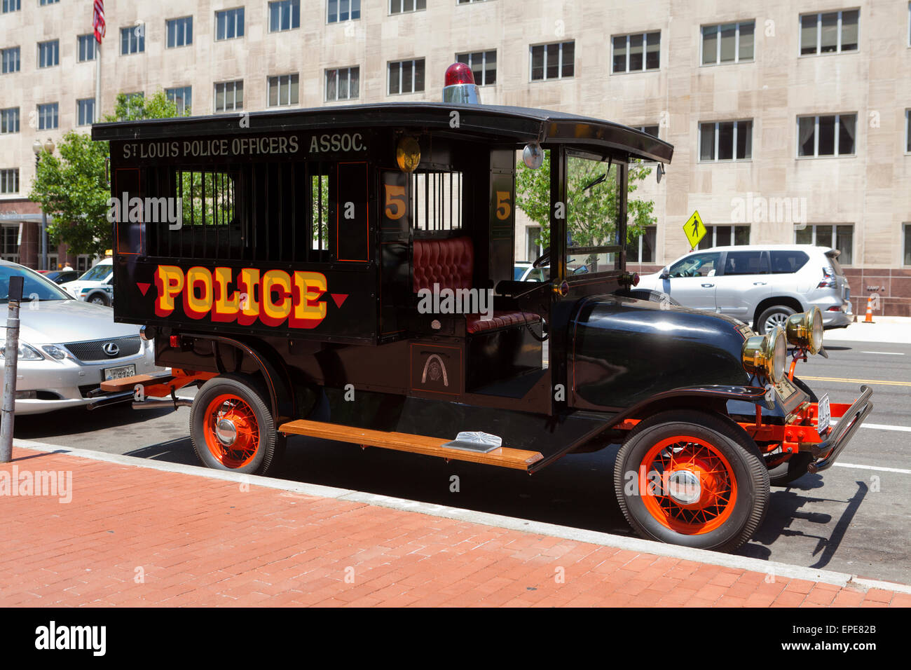 St. Louis Police Officers Association vintage police paddy wagon - USA - Stock Image