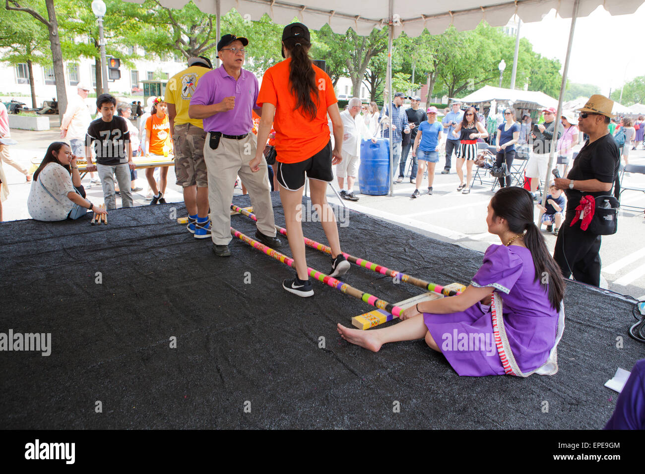 Tinikling (Philippine folk dance) performers on stage - National Asian Heritage Festival, Washington, DC USA - Stock Image