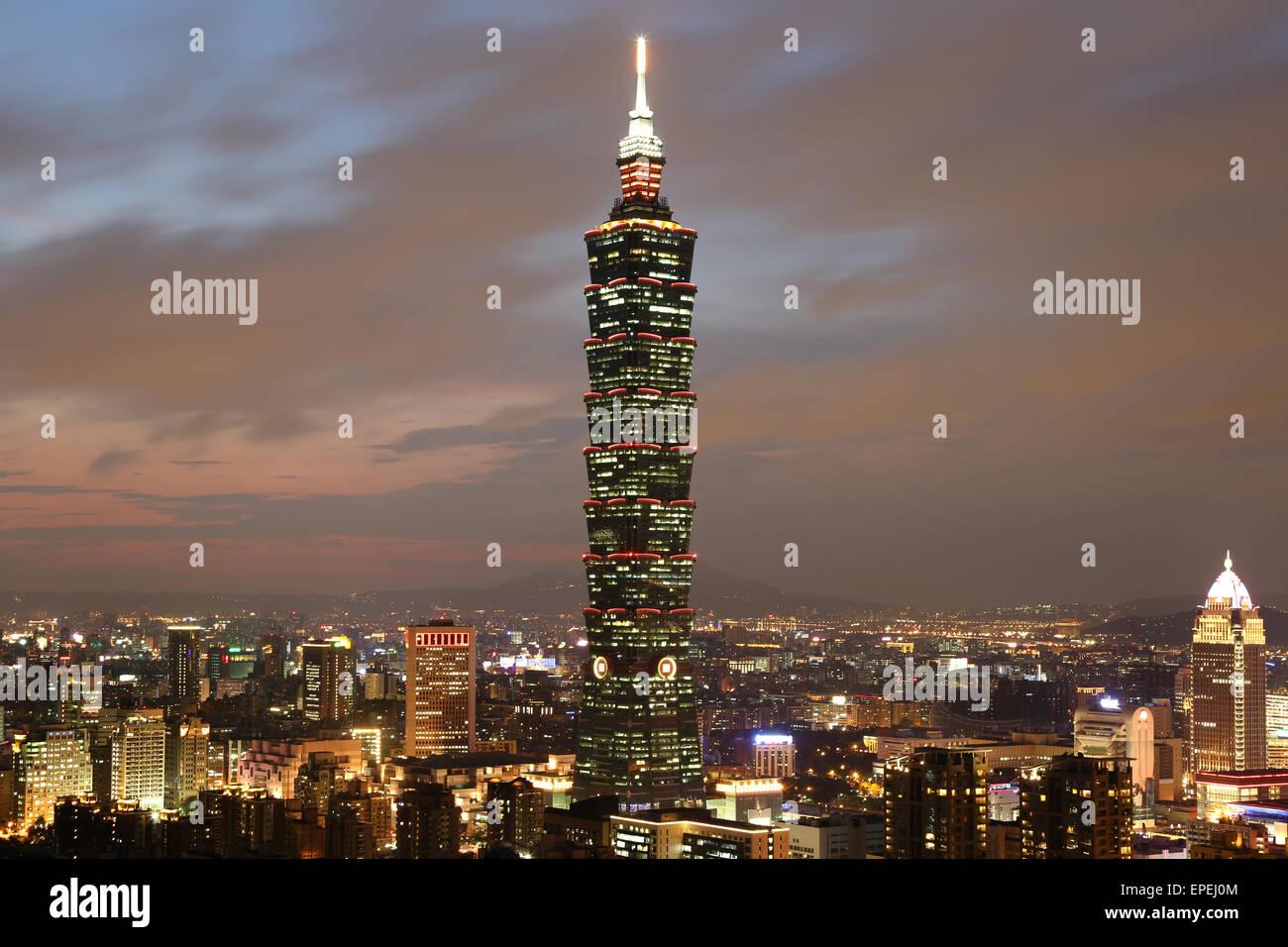Taipeh Taiwan Panorama mit Taipei 101 - Stock Image