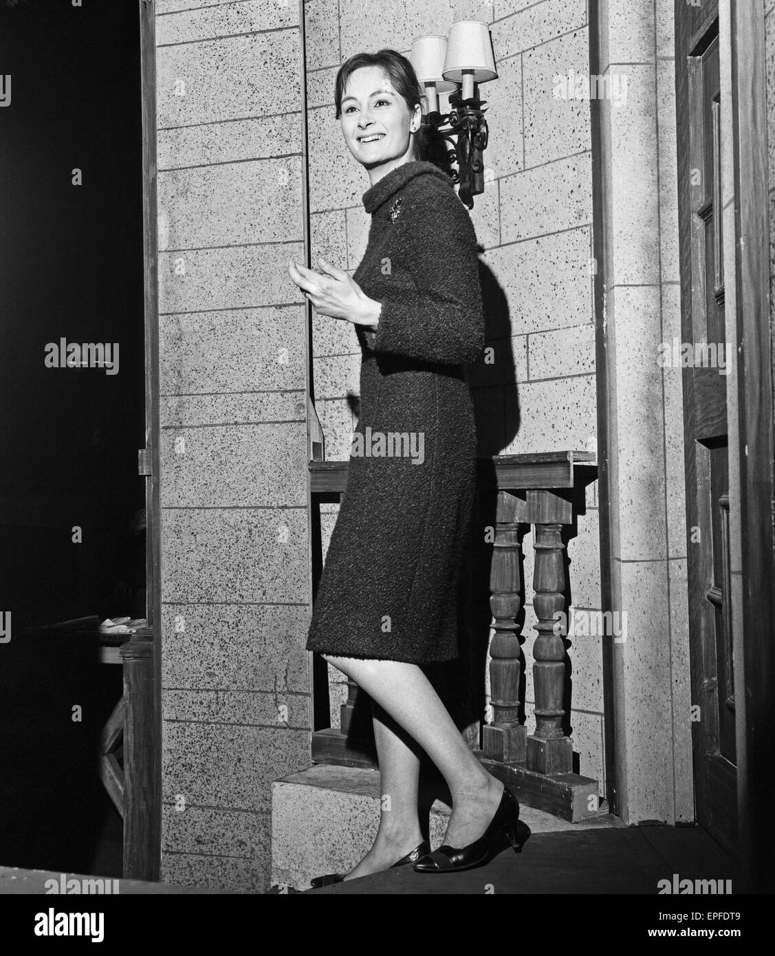 Actress Rosalind Worth backstage at the Ambassadors Theatre in London before her performance in the Agatha Christie Stock Photo