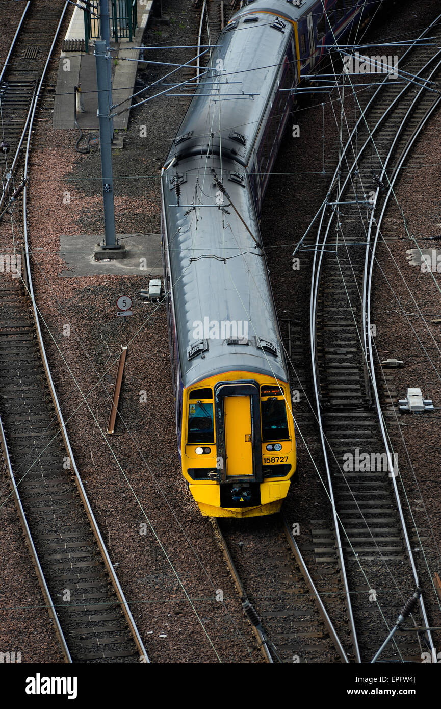 Abellio ScotRail class 158 '158727' departing south from Edinburgh Waverley - Stock Image