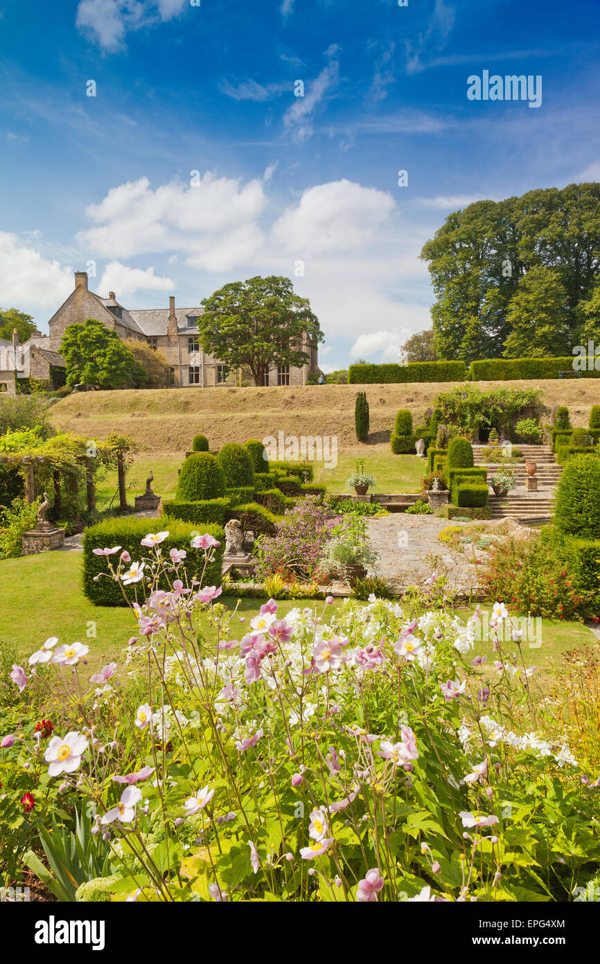 The italianate garden with its elegant topiary at Mapperton House, nr Beaminster, Dorset, England, UK - Stock Image
