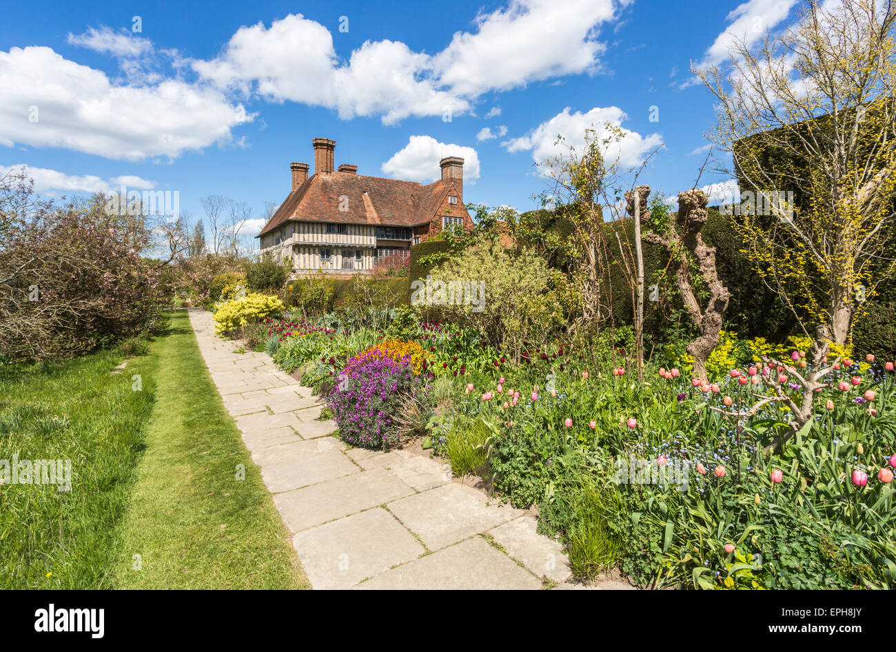 The Long Border At Great Dixter A Country House By Edwin Lutyens