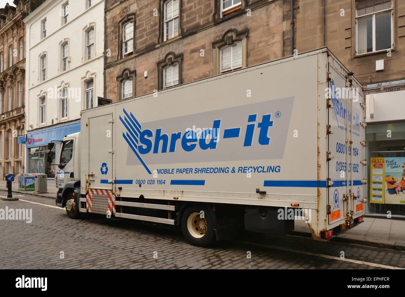 Shred-it - mobile document destruction service - Stirling, Scotland, uk - Stock Image
